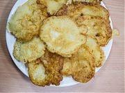 Kulinarne wyzwania - placuszki z jabłkiem. Fot. Adrianna Kostrzoń. Luty 2016
