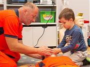 Lekcja udzielania pierwszej pomocy w Przedszkolu 4 Słonie. 23 września 2019 r.